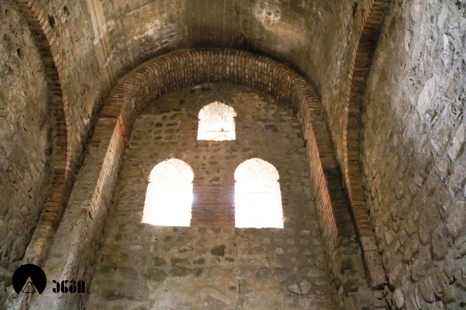 კალაურის ნათლისმცემლის სამონასტრო კომპლექსი